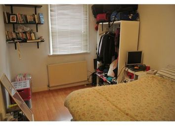 Thumbnail 1 bed flat to rent in Northwold Road, London