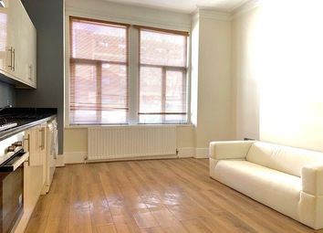 2 bed flat to rent in Coldharbour Lane, London SE5