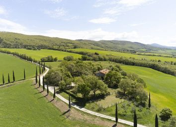 Thumbnail 4 bed villa for sale in Pienza, Siena, Toscana