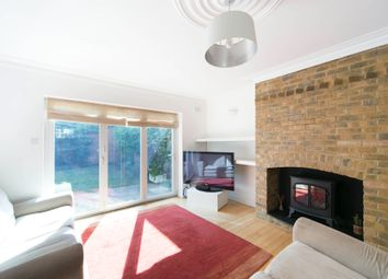 Thumbnail 3 bed flat to rent in Balls Pond Road, Islington