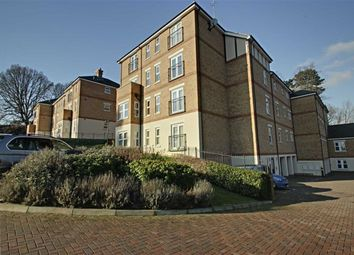 Thumbnail 2 bedroom flat for sale in Adrian Close, Hemel Hempstead