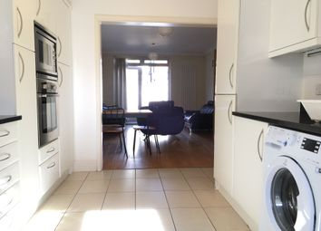 Thumbnail 3 bed mews house to rent in Englefield Road, London