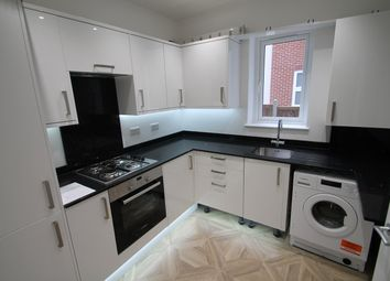 Thumbnail 2 bed flat to rent in Bosworth Road, Barnet