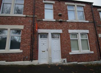 Thumbnail 2 bedroom flat to rent in Wordsworth Street, Gateshead