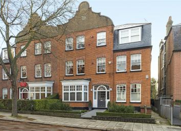3 bed flat to rent in Kidderpore Gardens, Hampstead NW3