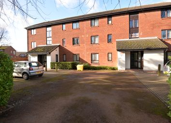 Thumbnail 1 bedroom flat to rent in Merton Close, Didcot