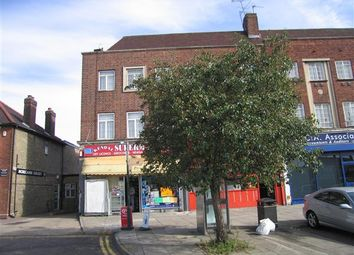 Thumbnail 3 bed flat to rent in Kendal Parade, Silver Street, London