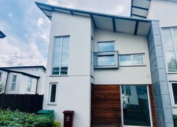 Thumbnail 3 bed town house to rent in Commonwealth Avenue, Manchester