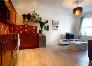 Thumbnail 2 bed flat to rent in Old Castle Street, Spitalfields