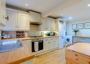 2 bed terraced house for sale in London Road, Wokingham RG40