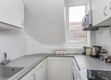 Thumbnail 1 bed flat to rent in Frognal, Hampstead, London
