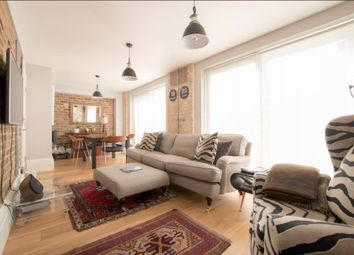 Thumbnail 2 bed cottage to rent in Greenwood Road, London