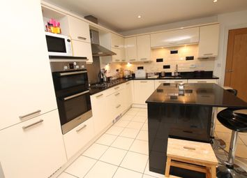 Thumbnail 4 bed town house to rent in Madison Close, Sutton