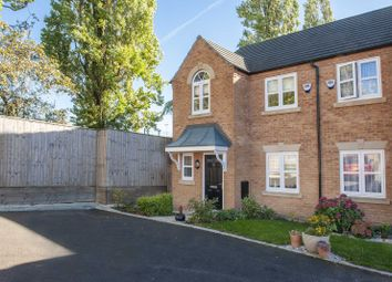3 bed terraced house for sale in Peak Place, Hyde SK14