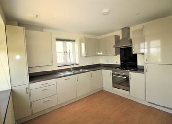 2 bed maisonette to rent in Lime Ridge, Northcourt Avenue, Reading RG2