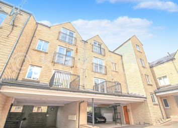 Thumbnail 2 bedroom flat to rent in Winchester Court, Halifax