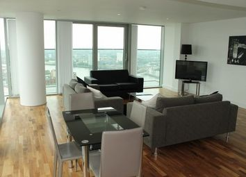 Thumbnail 3 bed flat to rent in The Landmark, West Tower, Canary Wharf