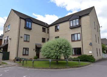 Thumbnail 2 bedroom flat to rent in The Old Coachyard, Witney