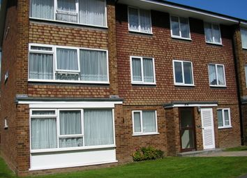 Thumbnail 2 bed flat to rent in St James Road, Sutton