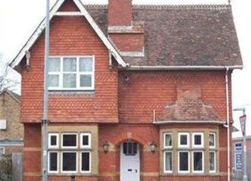 Thumbnail 1 bed flat to rent in East Street, Chard