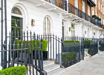 Thumbnail 3 bed flat for sale in Cadogan Place, London