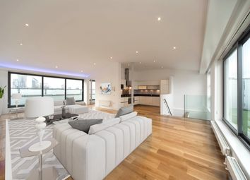 Thumbnail 2 bed duplex to rent in Shepperton Road, Islington