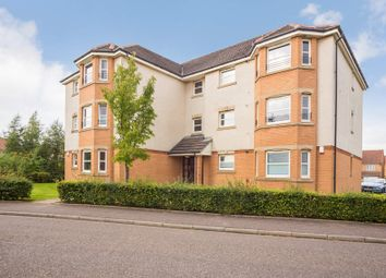 Thumbnail 2 bed flat for sale in 1J Fieldfare View, Dunfermline