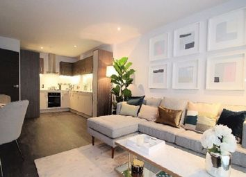 Thumbnail 2 bed flat for sale in Greenwich, London