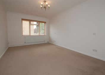Thumbnail 1 bed flat to rent in Hillside Road, Bromley, Kent