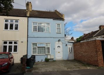 Thumbnail 2 bedroom flat to rent in Dane Road, Ilford