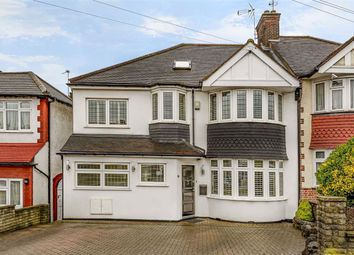 5 bed property for sale in Morton Way, Southgate, London N14