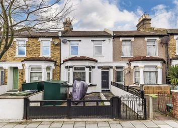 3 bed property for sale in Colmer Road, London SW16