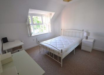 2 bed flat to rent in Knighton Park Road, Stoneygate, Leicester LE2
