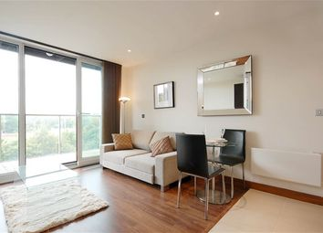 Thumbnail Property to rent in Queenstown Road, London