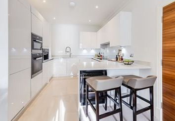 Thumbnail 2 bed flat to rent in Palace Wharf Appartments, Rainville Road, London