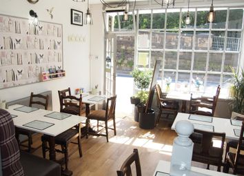 Thumbnail Restaurant/cafe for sale in Cafe & Sandwich Bars S18, Derbyshire