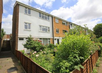 Thumbnail 5 bed property for sale in Valleyside, Hemel Hempstead