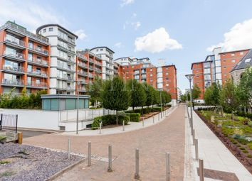 Thumbnail 2 bedroom flat to rent in Holland Gardens, Brentford