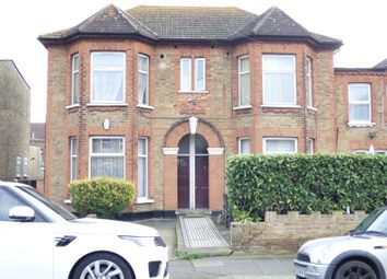 Thumbnail 1 bed flat to rent in Broomhill Road, Goodmayes