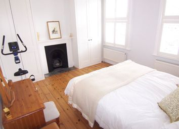 Thumbnail 3 bed property to rent in Canbury Avenue, Kingston Upon Thames