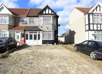 Thumbnail 5 bedroom property to rent in Eastern Avenue, Newbury Park, Essex