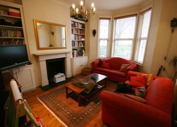 Thumbnail 2 bed flat to rent in Keildon Road, London
