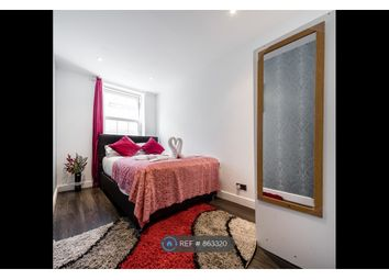 Thumbnail 2 bed flat to rent in Wentworth Street, Towerhamlets/London