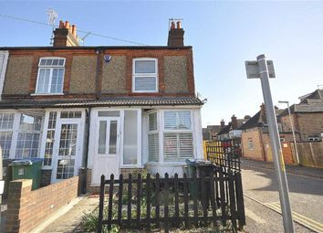 Thumbnail 2 bed property for sale in Victoria Road, Watford, Herts
