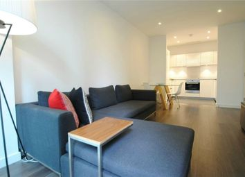 Thumbnail 2 bed flat to rent in 4 Saffron Central Square, Croydon, Surrey