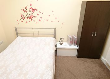 Thumbnail 2 bed flat to rent in Abbey Road, Bourne