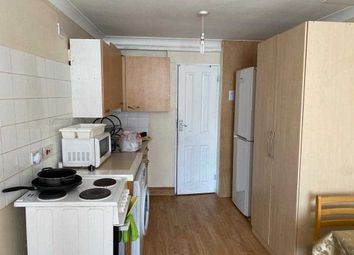 Thumbnail 1 bedroom studio to rent in Seymour Road, Slough