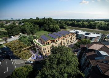 Thumbnail 1 bedroom flat for sale in Waterside Business Centre, Railshead Road, Isleworth
