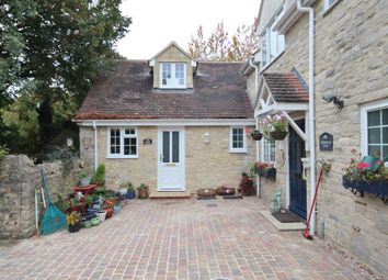 Thumbnail 1 bed cottage to rent in Vicarage Road, Kidlington