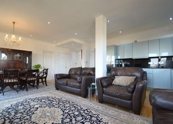 Thumbnail 3 bed flat to rent in Bourne Place, Chiswick